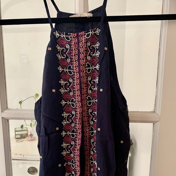 Anthropologie Tops - Embroidered tank top